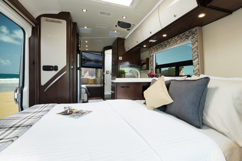 Rent leisure serenity 2015 in california for Motor homes to rent