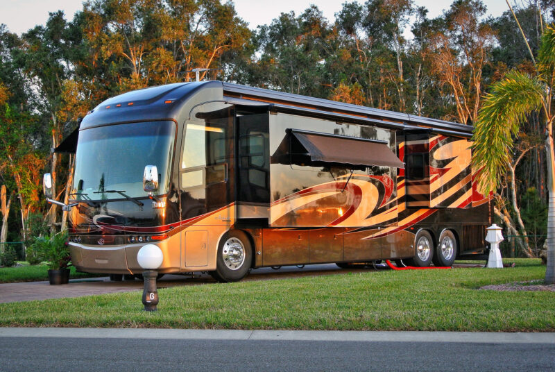 how much does it cost to rent an rv luxe rv