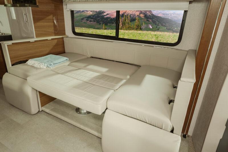 Rent an RV Mercedes Winnebago 2nd bed