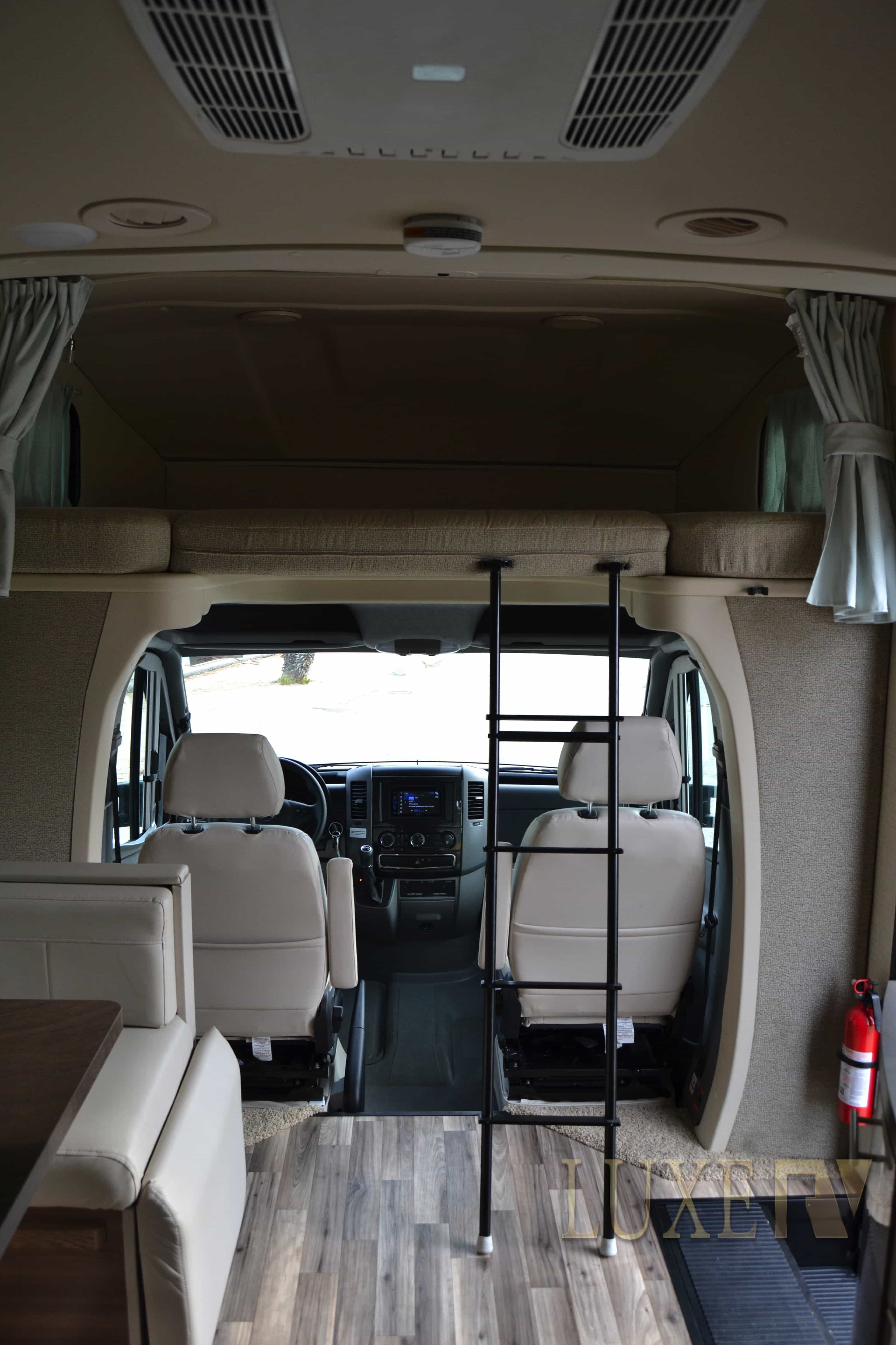 Mercedes RV Camping Luxe RV