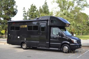 Million dollar RV for rent from Luxe RV