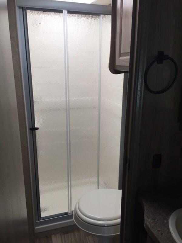 Mercedes RV bathroom - Luxe RV 16
