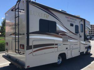 Rent an RV California Luxe RV 4