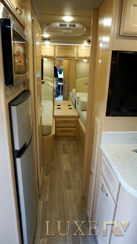 Mercedes RV Ultra for Rent