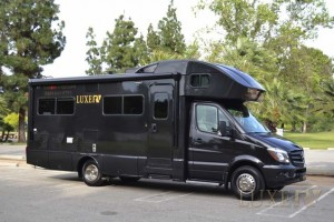 Rent a luxurious Mercedes RV from Luxe RV